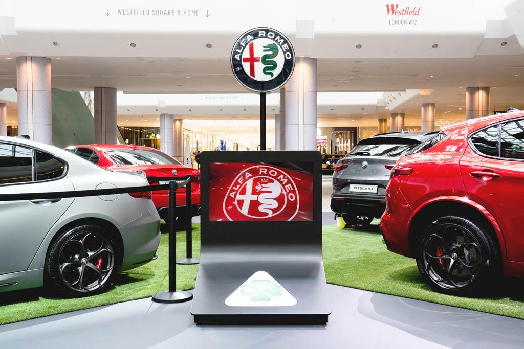 Circle-Agency-Alfa-Romeo-Displays