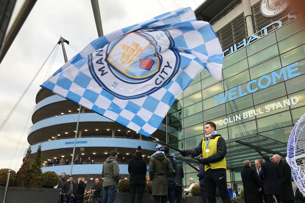 ManchesterCityFC-Playmakers-flags